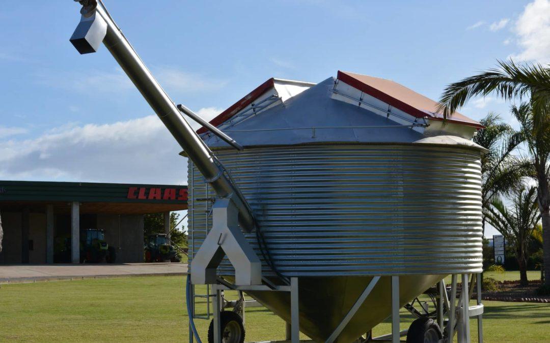 Mobile Silo met auger. Tonnemate aanpasbaar – begin by 30 ton.