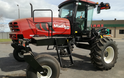 Machine of the month – Macdon M155 Self-propelled windrower