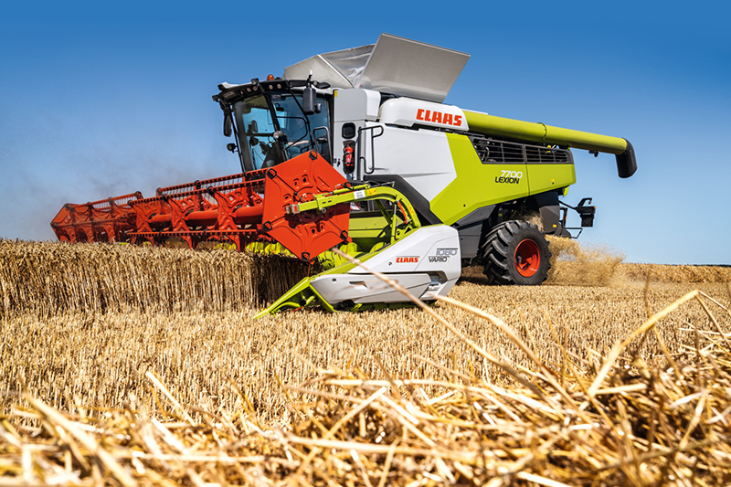 MACHINE OF THE MONTH – CLAAS LEXION 8000–6000