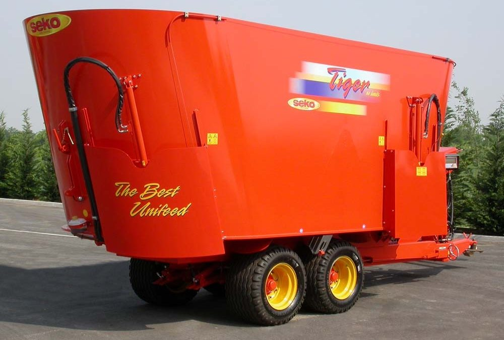 Chopping-mixing wagons: Introducing Seko's Tiger VML 240 (with direct discharge)
